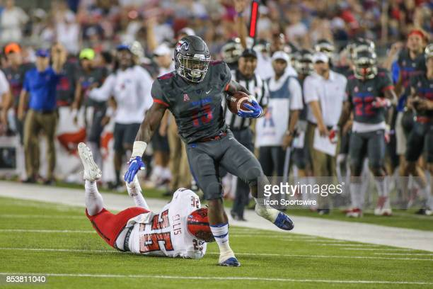Southern Methodist Mustangs running back Ke'Mon Freeman runs up the sideline during the game between SMU and Arkansas State on September 23 at Gerald...