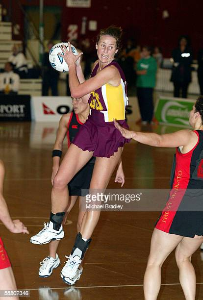 Southlands Tania Dalton looks for support during the netball match between Waikato and Southland in the Smokefree Champs held at Arena Manawatu...