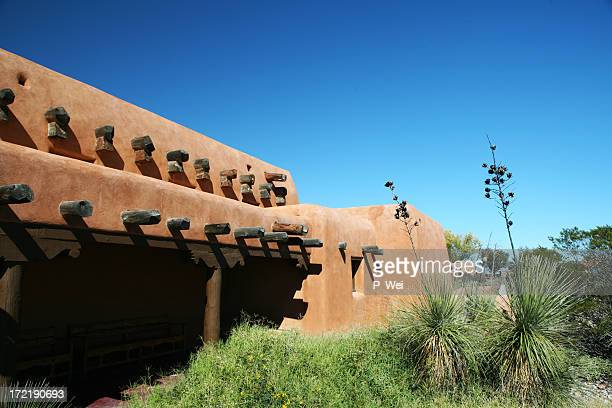 Santa fe stock photos and pictures getty images for Southwest architecture