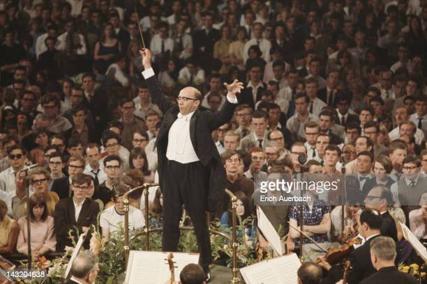 Russian conductor Gennady Rozhdestvensky principal conductor of the Tchaikovsky Symphony Orchestra of Moscow Radio performs at the 1968 London...