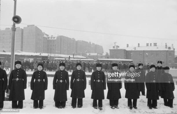 Soviet soldiers lined up This picture is taken from the monography 'Mario De Biasi Il mio sogno Š qui' curated by Enrica Vigan• published in 2016 by...