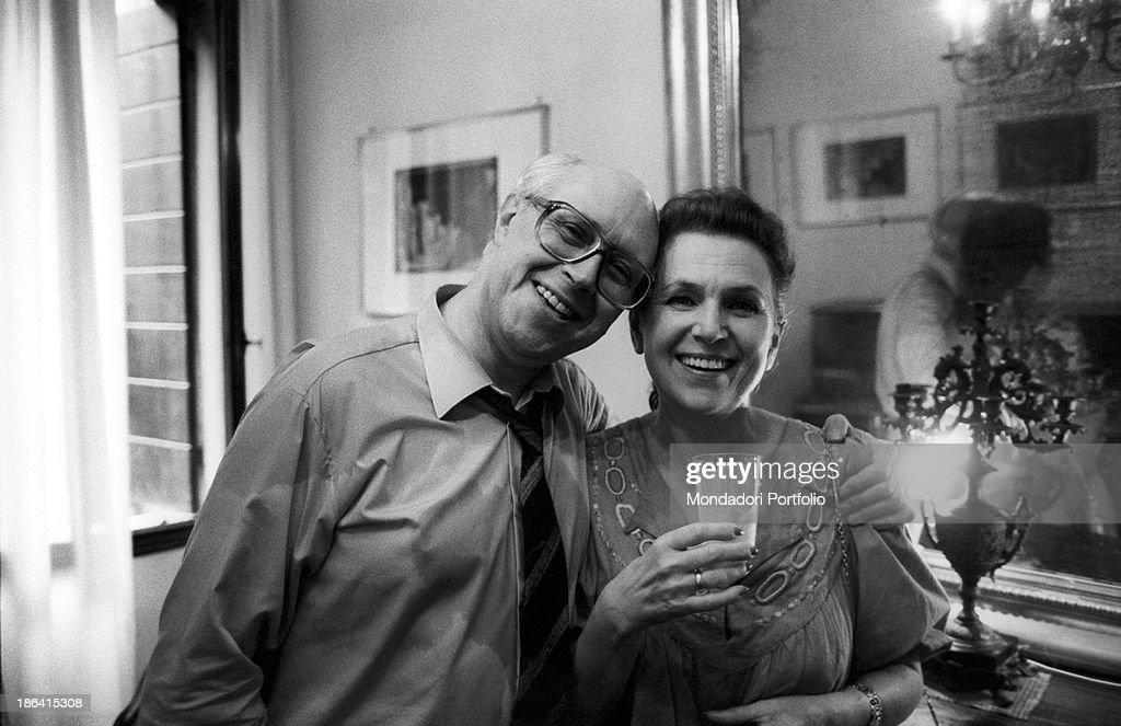 Soviet-born American cellist Mstislav Leopol'dovic Rostropovic smiling with his wife, Soviet soprano Galina Pavlovna Visnevskaja. 1980s.