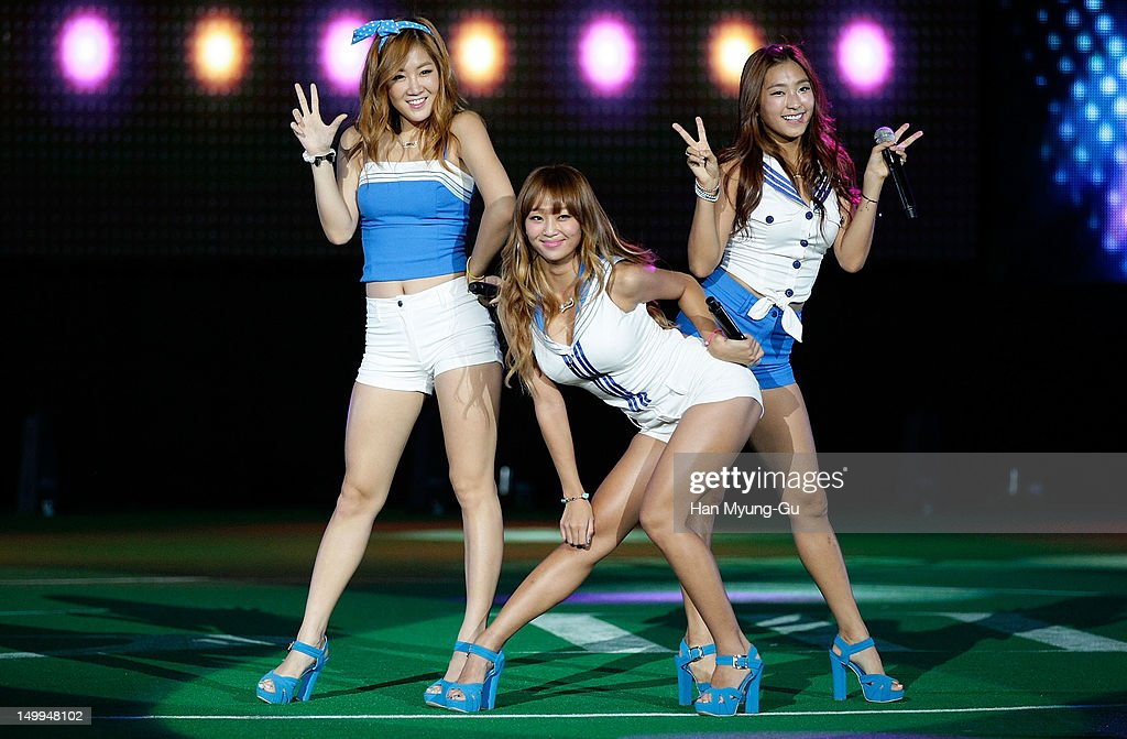 Soyou Hyorin and Bora of South Korean girl group SISTAR perform onstage during the Samsung Galaxy SIII Stadium 'Idol Big Match' on August 7 2012 in...