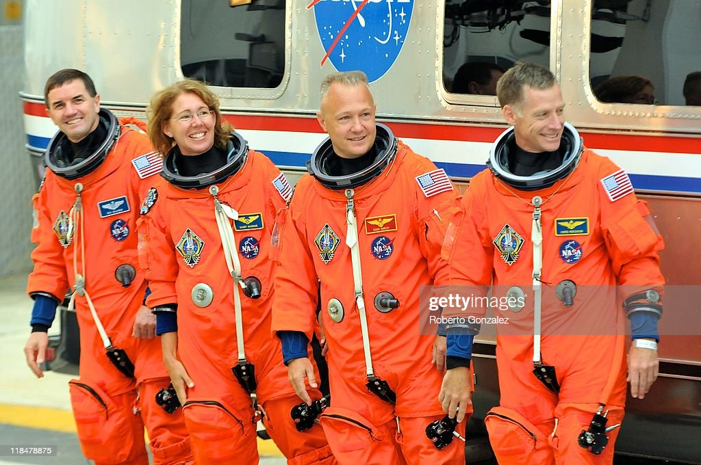 space shuttle mission specialist - photo #35