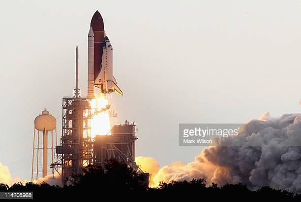 NASA space shuttle Endeavour lifts off from Launch Pad 39A at the Kennedy Space Center on May 16 2011 in Cape Canaveral Florida After 20 years 25...