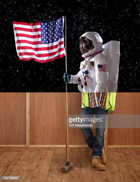 Spaceman top, builder bottom