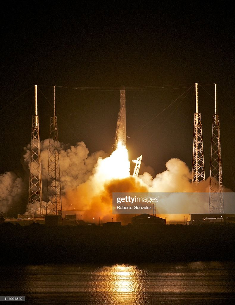 SpaceX's Dragon spacecraft atop rocket Falcon 9 lifts off from Pad 40 of the Cape Canaveral Air Force Station in Titusville Florida The launch this...