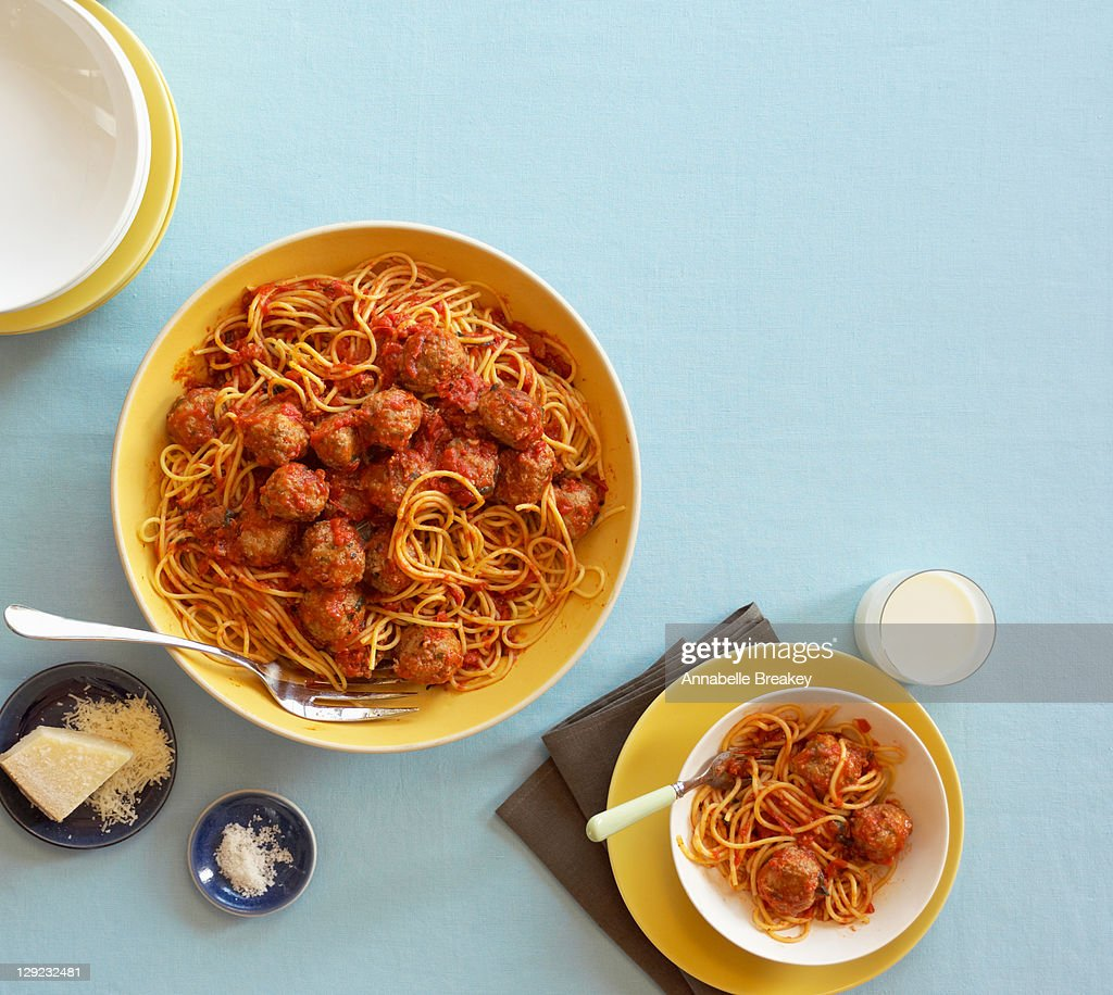 Spaghetti and meatballs in red sauce