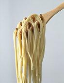 Spaghetti noodles