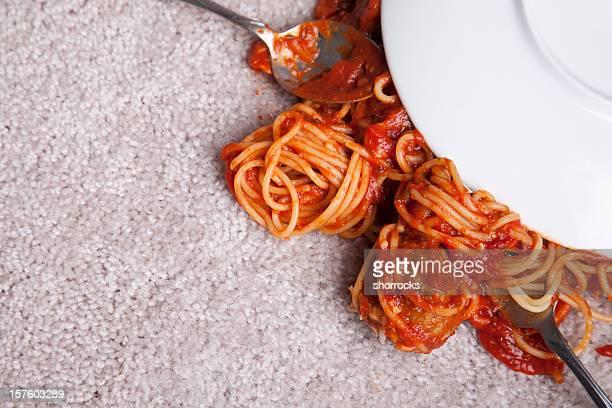 Spaghetti mit neuen Teppich