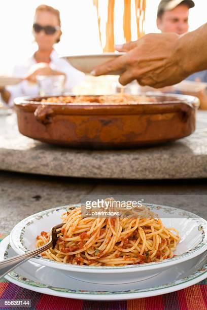 Spaghetti serving