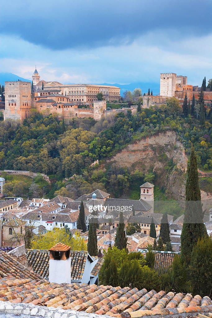 spain an overview Parallel histories: spain, united states and the american frontier, which is  presented in both english and spanish, discusses the expansion of spain into  north.