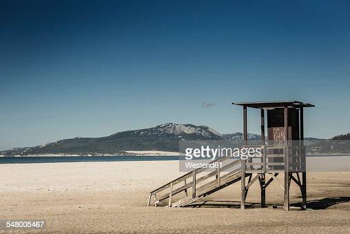 Spain, Andalusia, Tarifa, hut on beach