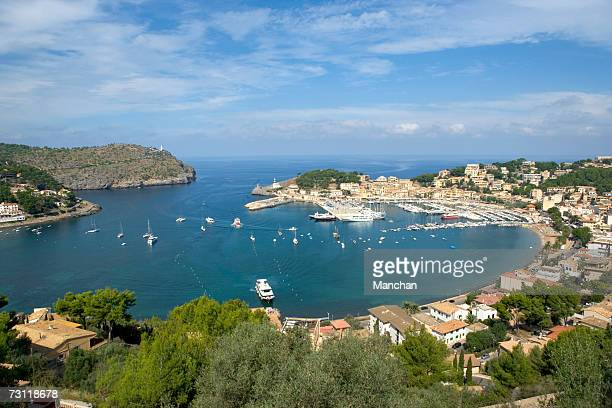 Spain, Balearic Islands, Majorca, Puerto de Soller, view over bay