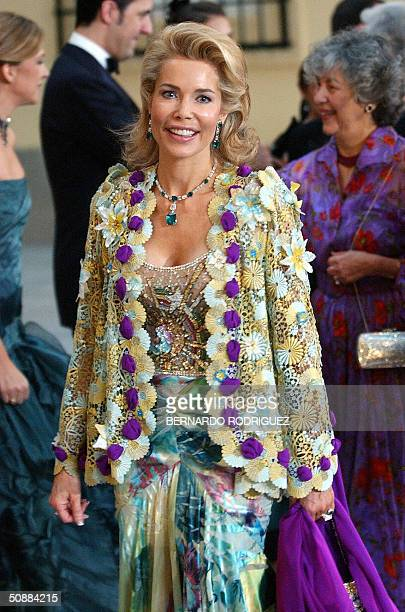 Begun Aga Khan the wife of Indian Prince Agha Khan arrives at the Pardo Palace in Madrid to attend an official dinner 21 May 2004 on the eve of...