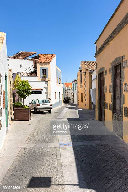 Spain, Canary Islands, Gran Canaria, Alleyin the old town of Agueimes