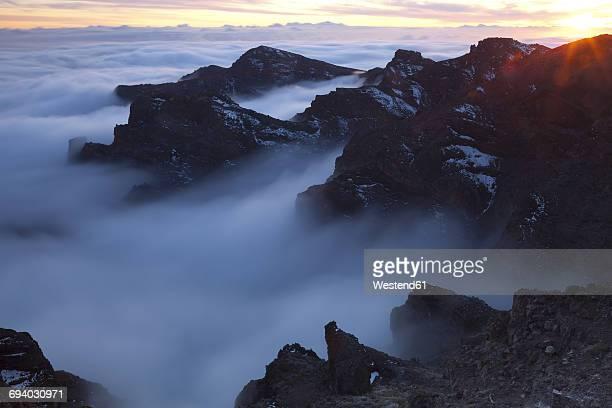 Spain, Canary Islands, La Palma, view across the Caldera de Taburiente from the Roque de los Muchachos at sunrise