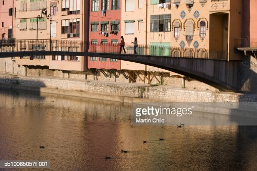 Spain, Catalonia, Girona, bridge over Onyar river : Foto stock