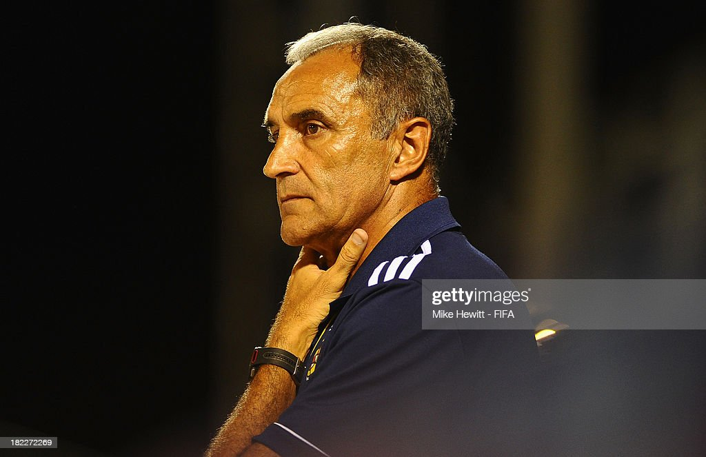 Spain coach Joaquin Alonso looks concerned during the FIFA Beach Soccer World Cup Tahiti 2013 Final between Spain and Russiai at the Tahua To'ata Stadium on September 28, 2013 in Papeete, French Polynesia.