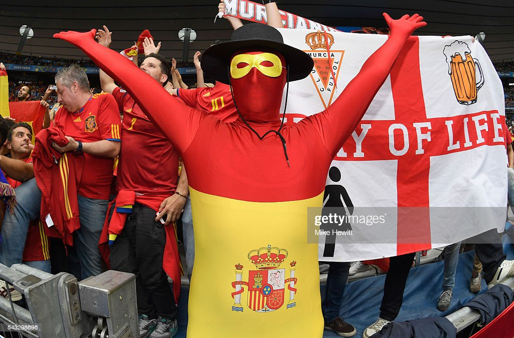 A Spain fan shows his support prior to the UEFA EURO 2016 round of 16 match between Italy and Spain at Stade de France on June 27, 2016 in Paris, France.