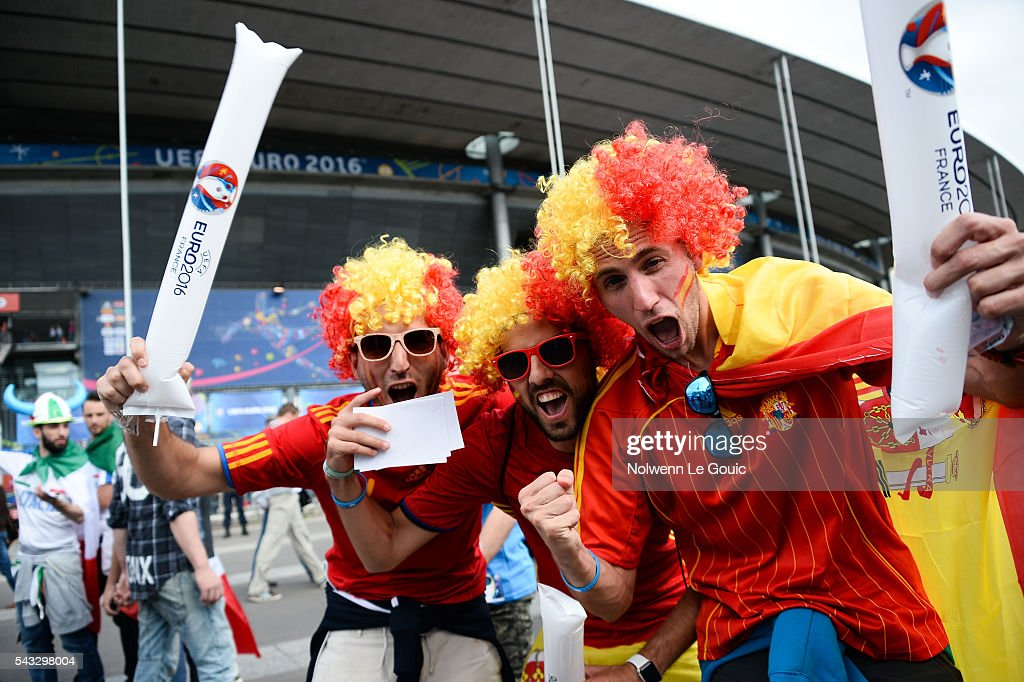 Spain fans during the European Championship match Round of 16 between Italy and Spain at Stade de France on June 27, 2016 in Paris, France.