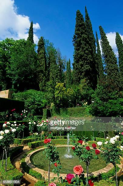 Spain Grenada Alhambra Generalife Lower Or New Gardens Fountain
