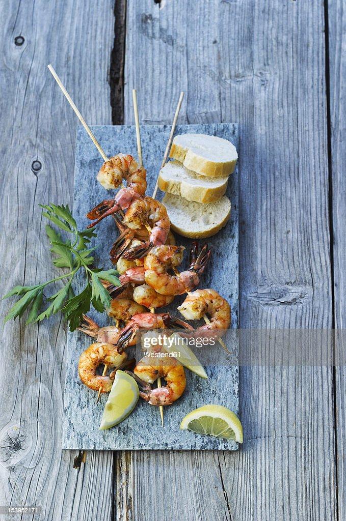 spain, Grilled prawn skewers with bread