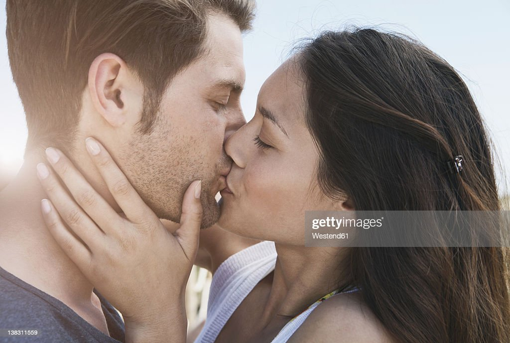 Adult deep kissing movies