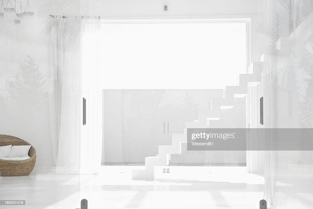 Gordijn Modern Living : Spain Modern Living Room With Stairs Stockfoto ...