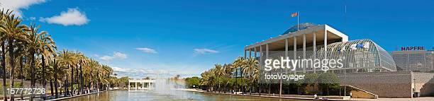 Espagne, le Palau de la Música Jardín del Turia panorama de Valence