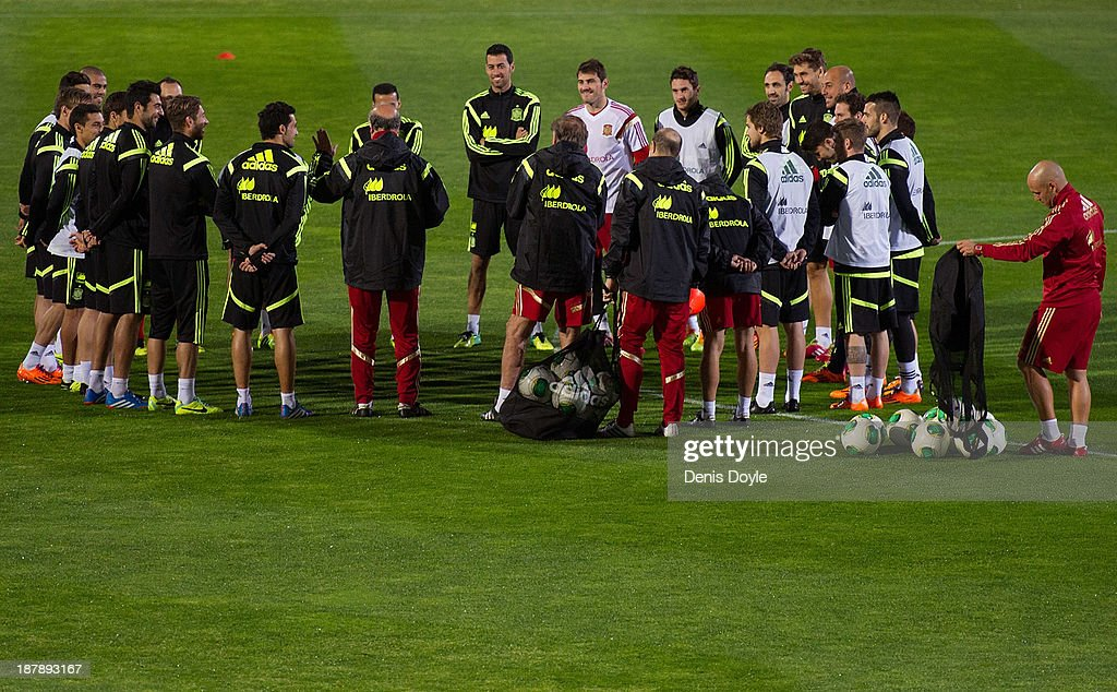 Spain players attend a training session ahead of their international friendly against Equatorial Guinea on November 13, 2013 in Las Rozas, Spain.