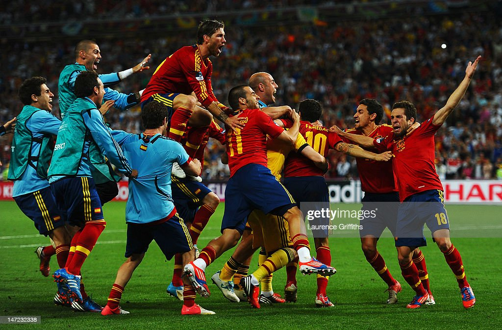 Spain players celebrate vicotry during the UEFA EURO 2012 semi final match between Portugal and Spain at Donbass Arena on June 27, 2012 in Donetsk, Ukraine.