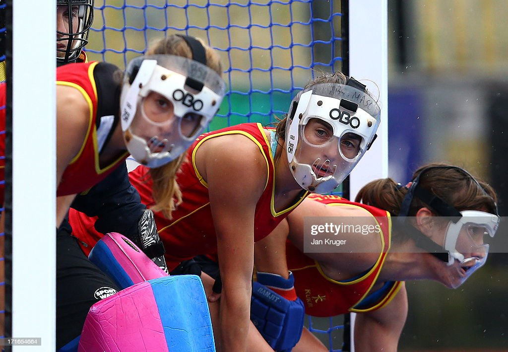 Spain players look on from the goal box during the Investec Hockey World League quarterfinal match between China and Spain at the Quintin Hogg Memorial Sports Grounds on June 27, 2013 in London, England.