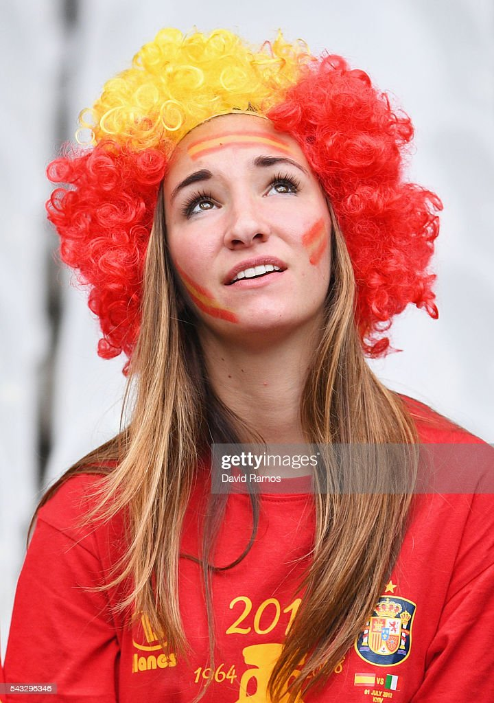 A Spain supporter is seen prior to the UEFA EURO 2016 round of 16 match between Italy and Spain at Stade de France on June 27, 2016 in Paris, France.
