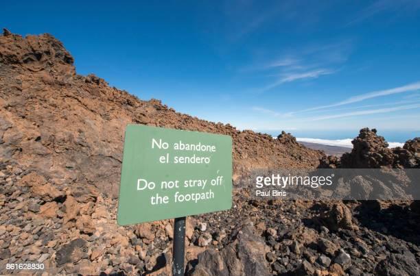 Spain, Tenerife, Caldera de las Canadas, Teide Mountain, road leading to crater