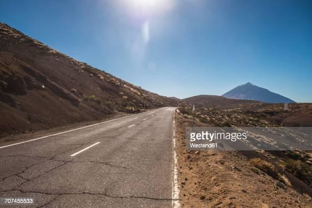 Spain, Tenerife, empty road in El Teide region