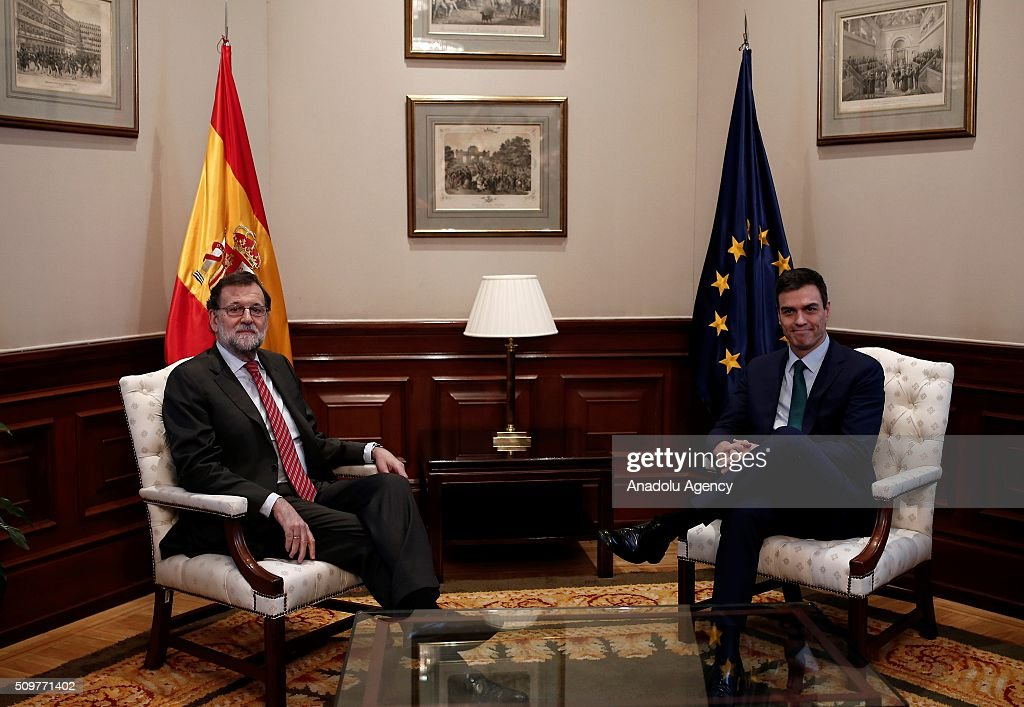 Spain's acting Prime Minister Mariano Rajoy (L) and Spanish Socialist Party (PSOE) leader Pedro Sanchez (R) are seen during a meeting at the Spanish parliament in Madrid, Spain on February 12, 2016.