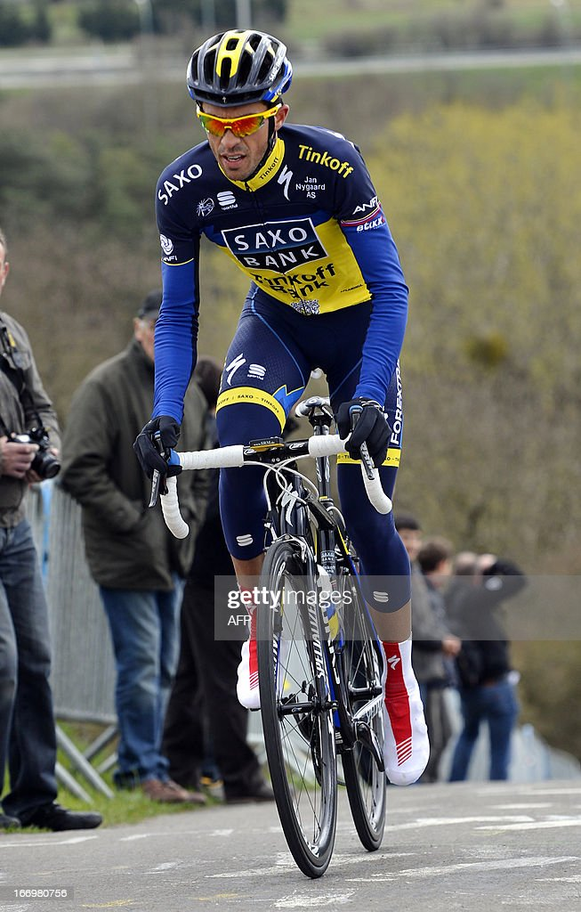 Spain's Alberto Contador of team Saxo-Tinkoff rides during a reconaissance training session at La redoute wall two days before the 99th edition of the Liege-Bastogne-Liege one day cycling race on April 19, 2013 in Remouchamps. AFP PHOTO / BELGA PHOTO / ERIC LALMAND