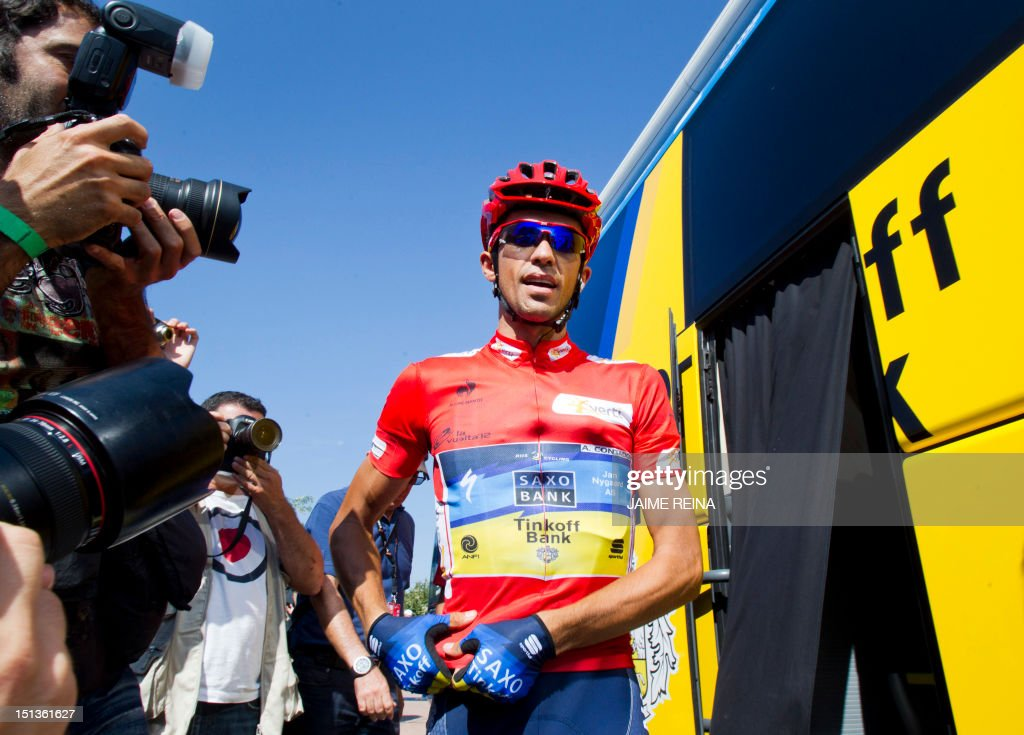 Spain's Alberto Contador of the Saxo Bank-Tinkoff Bank Team gets down from a bus before the eighteenth stage of the Vuelta tour of Spain, a 204,5 kms ride from Aguilar de Campoo to Valladolid, on September 6, 2012. AFP PHOTO/ Jaime REINA