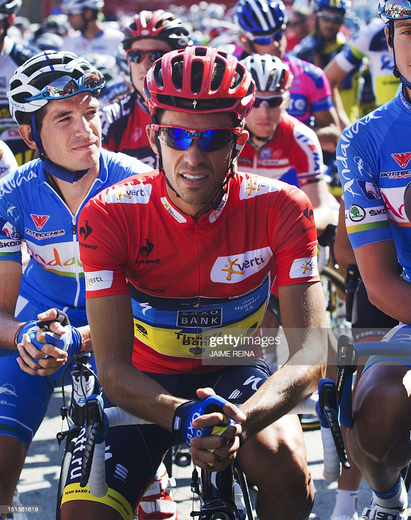 Spain's Alberto Contador of the Saxo Bank-Tinkoff Bank Team waits before the start of the eighteenth stage of the Vuelta tour of Spain, a 204,5 kms ride from Aguilar de Campoo to Valladolid, on September 6, 2012. AFP PHOTO / Jaime REINA