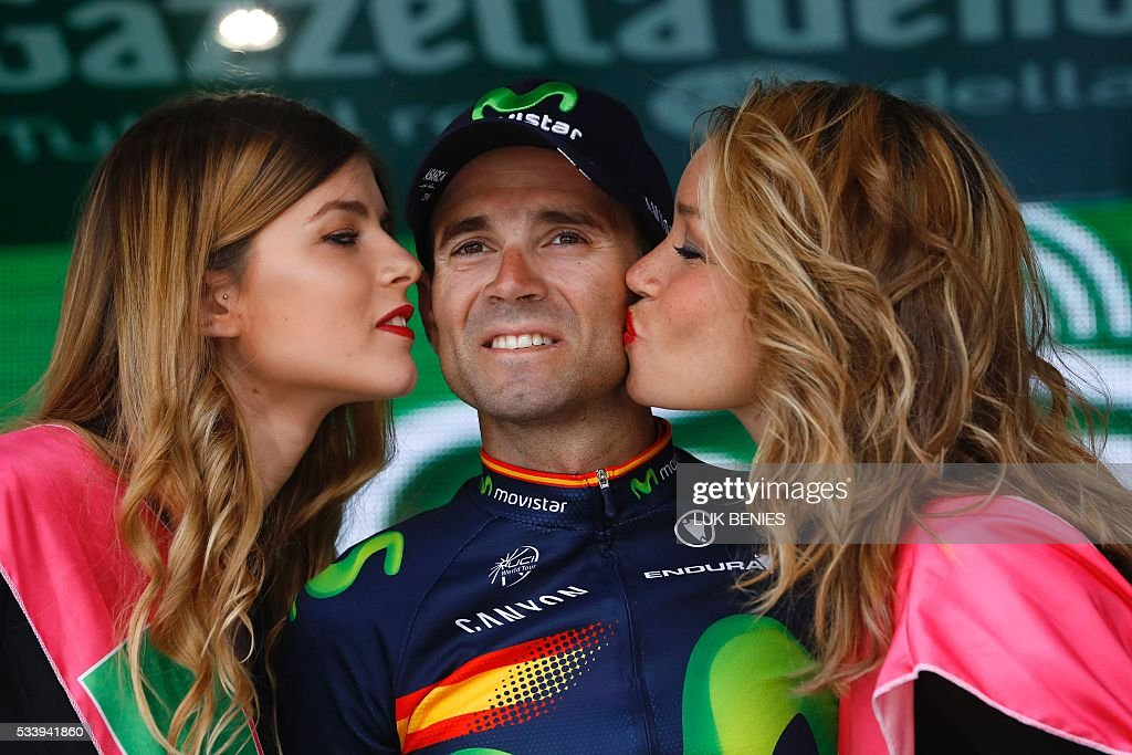 Spain's Alejandro Valverde of team Movistar celebrates on the podium after winning the 16th stage of the 99th Giro d'Italia, Tour of Italy, from Bressanone / Brixen to Andalo on May 24, 2016. / AFP / VINCENZO