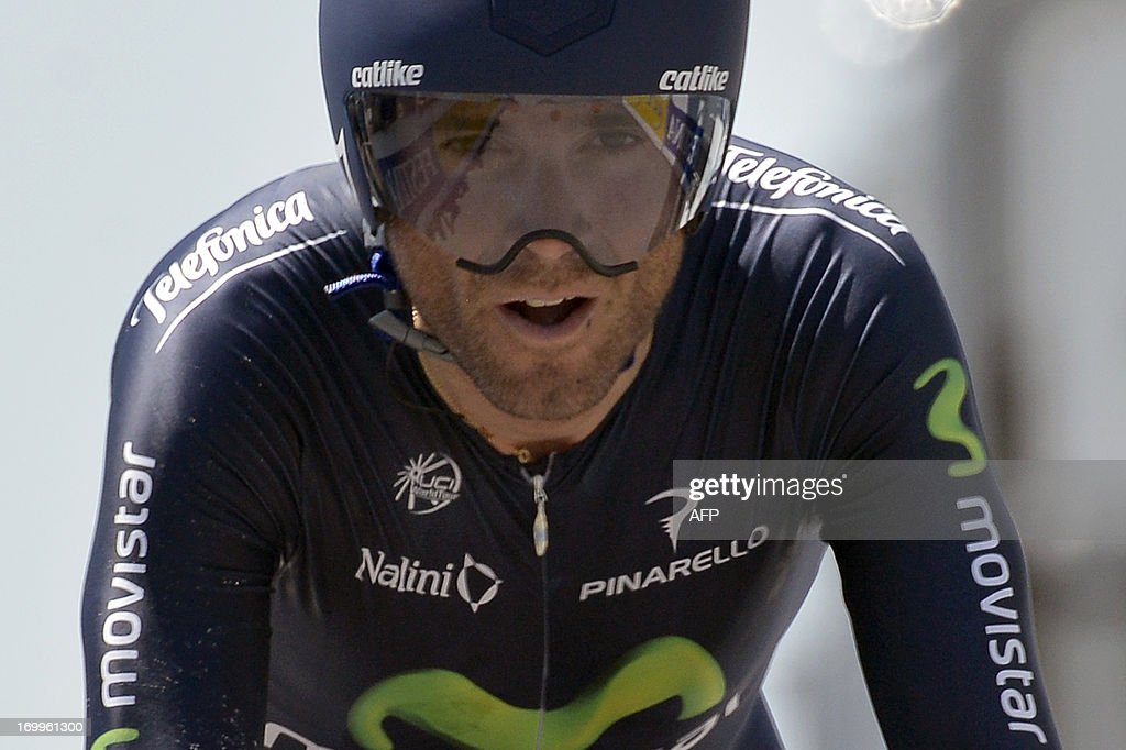Spain's Alejandro Valverde sprints at the end of the 32,5 km time-trial of the 65th edition of the Dauphine Criterium cycling race, on June 5, 2013 between Villars-les-Dombes and Parc des Oiseaux (The bird park located in Villars-les-Dombes).