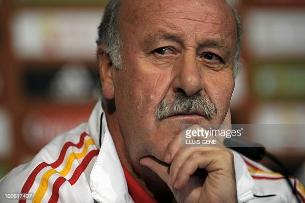 Spain's coach Vicente Del Bosque gives a press conference at the North West University Sports Village in Pochefstroom on July 4 2010 a day after...