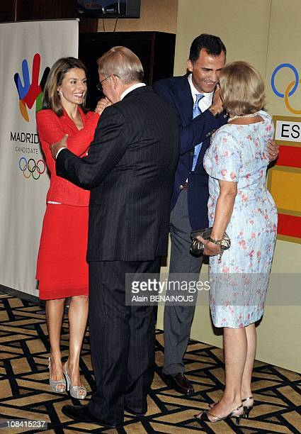 Spain's Crown Prince Felipe and Princess Letizia greet Constantin the former King of Greece and his wife AnneMarie during a welcome ceremony for the...