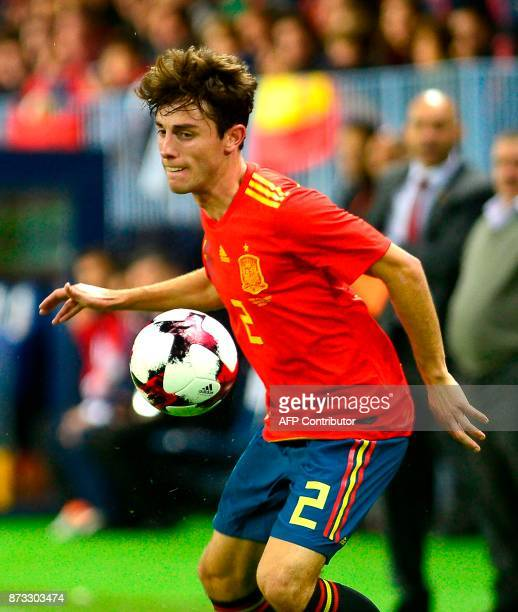 Spain's defender Alvaro Odriozola controls the ball during the international friendly football match Spain against Costa Rica at La Rosaleda stadium...