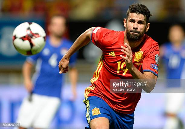 Spain's forward Diego Costa runs for the ball during the WC 2018 football qualification match between Spain and Liechtenstein at the Reyno de Leon...
