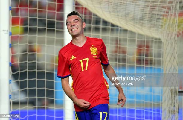 Spain's forward Iago Aspas gestures after missing a goal during the friendly international football match Spain vs Colombia at the Condomina stadium...