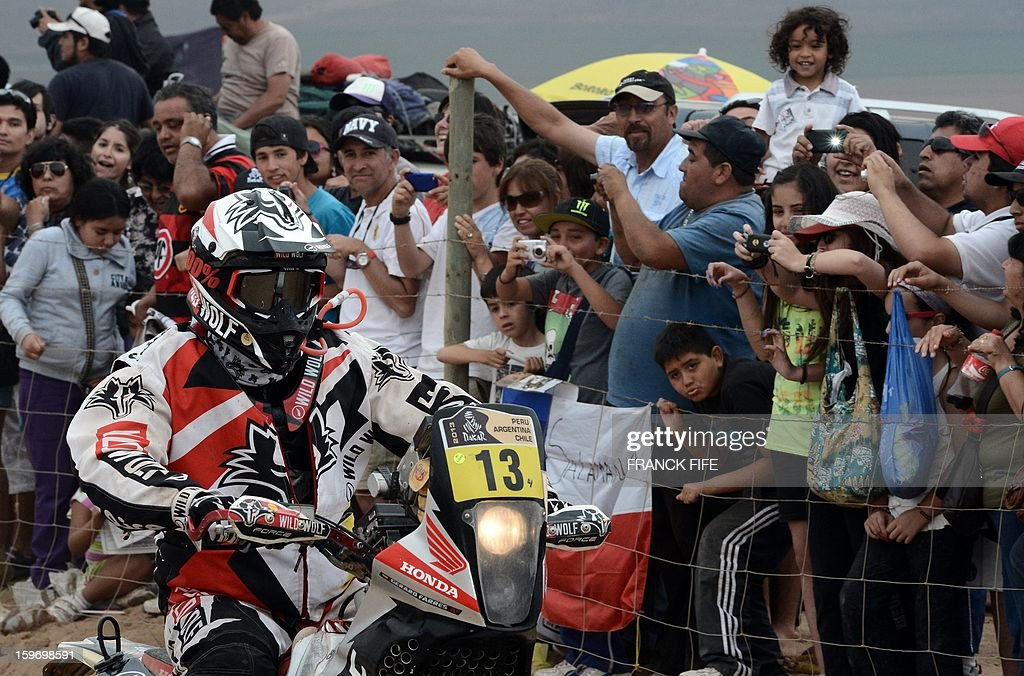 Spain's Gerard Farrels Guess arrives at the end of Stage 13 of the 2013 Dakar Rally between Copiapo and La Serena, in Chile, on January 18, 2013. The rally is taking place in Peru, Argentina and Chile from January 5 to 20.