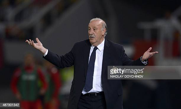Spain's head coach Vicente del Bosque reacts during the Euro 2016 Group C qualifying football match between Macedonia and Spain at the Filip II Arena...