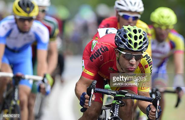 Spain's Jonathan Castroviejo competes in the men's road race at the 2014 UCI Road World Championships in Ponferrada on September 28 2014 AFP PHOTO /...